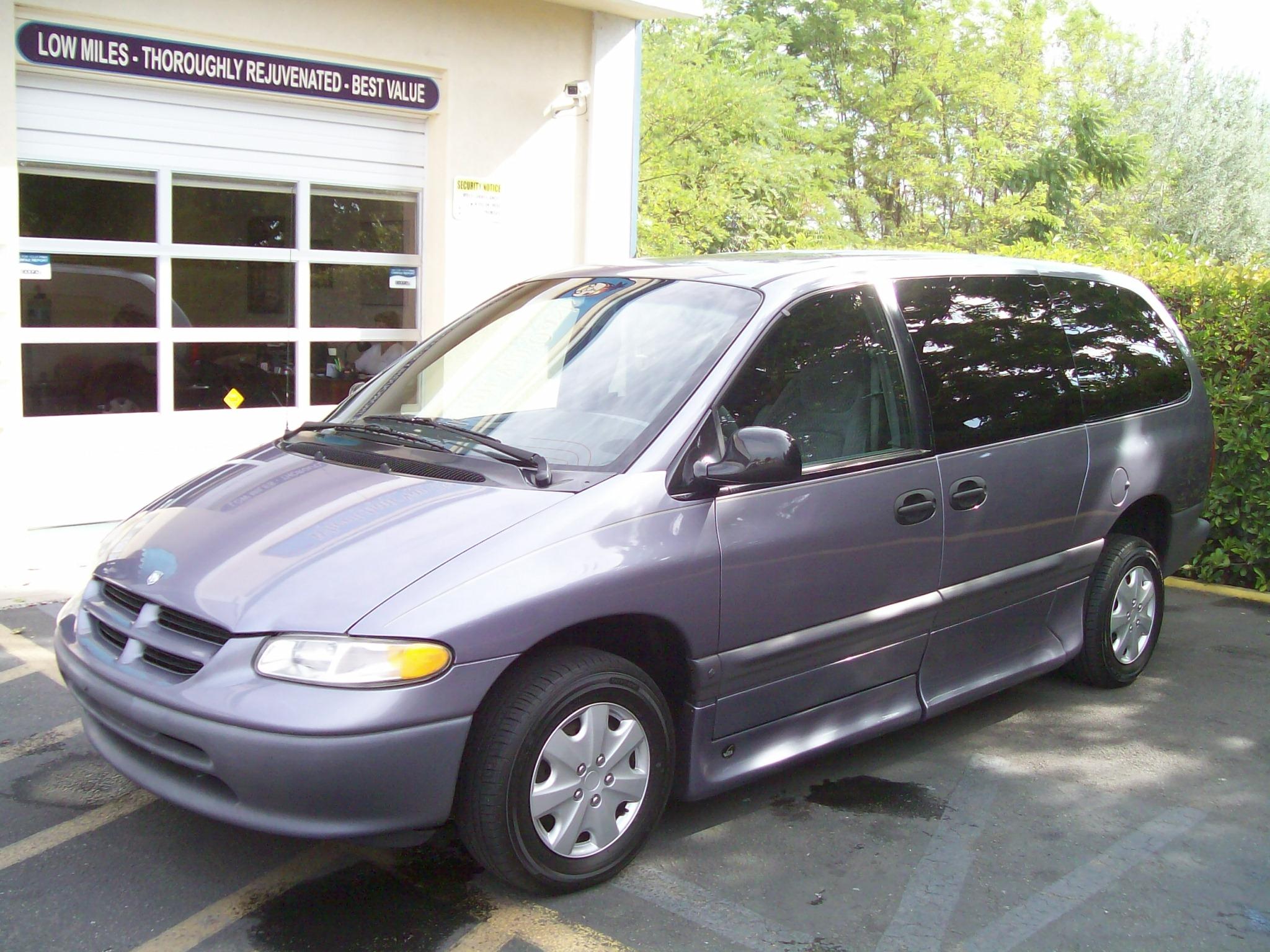 1998 dodge caravan vmi vantage conversion 71 000 actual miles current price 13 900 includes warranty